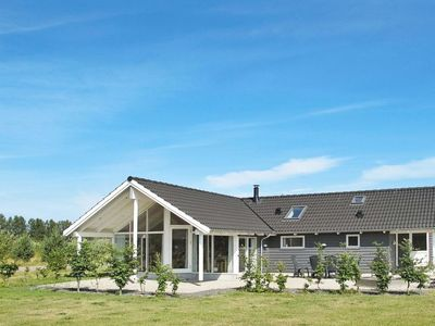 Photo for Vacation home Marielyst in Væggerløse - 8 persons, 3 bedrooms