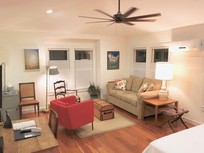 Photo for Zilker Casita-Clean & Bright Studio Apt.