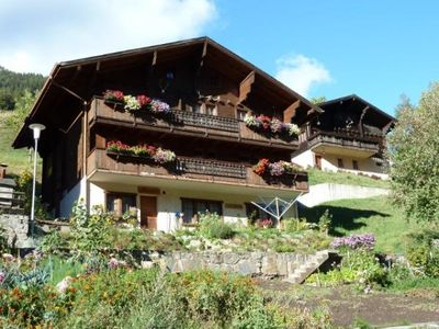Photo for Comfortable apartment on the outskirts of the mountain village Binn, many hiking possibilities