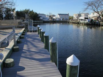 Stunning Expanded Cape - A Boaters Dream by Day, Gorgeous Sunsets by Night