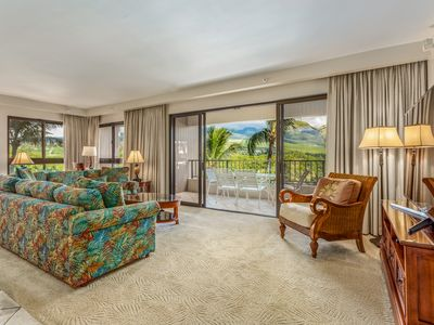Photo for Perfect Kaanapali Alii location, open plan living area + peaceful Mtn. Views
