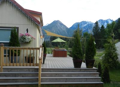 Photo for Cute Little Home, Hot Tub,  Great Mountain Views, 1.5 mi. to town $125.00nt midw