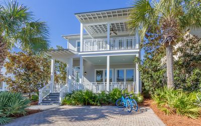 Photo for Blue Fish Cottage - 3 bed 3 bath Cypress Dunes home with community pools !