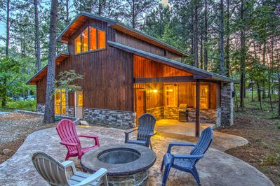 """""""All In"""" Luxury Cabin...the Perfect place to Unwind"""