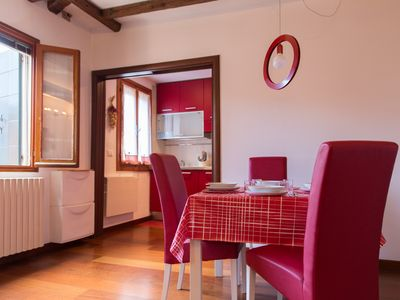 Photo for Bianco4 apartment ideal for 3 people near the Biennale / Giardini