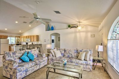 Book this Davenport vacation rental house for your Florida escape.