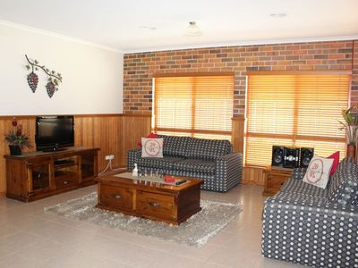 Photo for Jana Manor 3 Townhouse Swan Hill