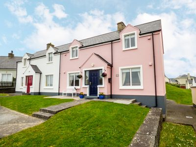 Photo for MOLLY'S COTTAGE, family friendly in Lahinch, County Clare, Ref 957337