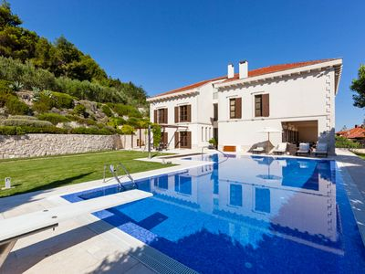 Photo for This 4-bedroom villa for up to 8 guests is located in Split and has a private swimming pool, air-con