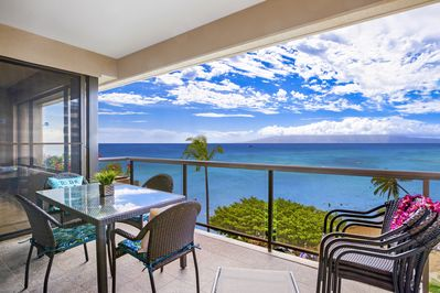 Enjoy the large Lanai - seating for 8 plus a lounge chair.