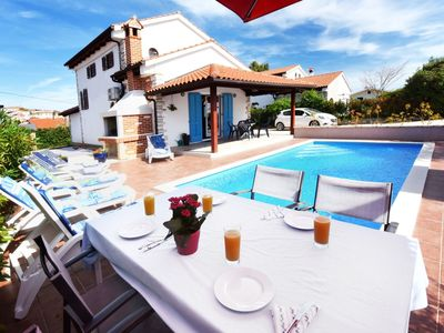 Photo for Nice holiday house with private pool and  roofed terrace !