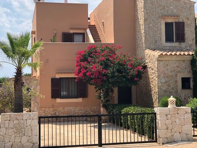 Photo for Comfort. Facilities, roof terrace, priv. Pool, med. garden