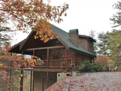 Photo for Dollywood/Pigeon Forge Cabin, 1.5 Miles from Parkway, Mtn View