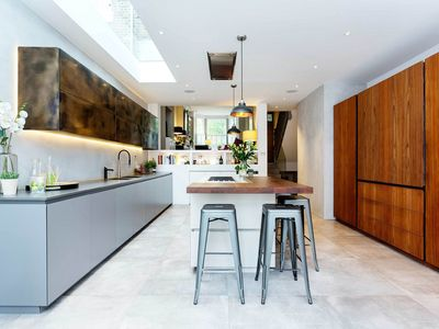 Photo for Pristine & stylish 5BR 4bath home in Wandsworth, great transport links, by Veeve