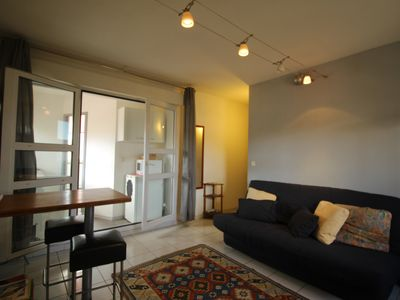 Photo for T1 cocooning, Near downtown 10 mn walk Free parking.