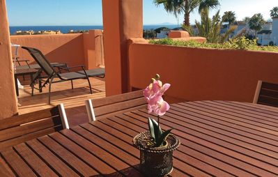 2 bedroom accommodation in Estepona