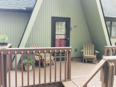 Photo for Beautiful Mountain View Chalet in Lake Harmony/Poconos