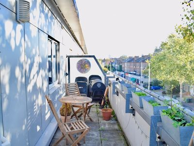 Photo for 1 Bedroom Apartment in Clapham With Balcony