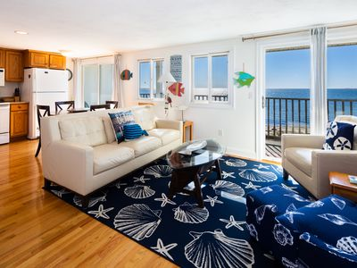 Photo for Direct Oceanfront! 2BR/2BA sleeps 6 w/ 4 parking, A/C Private beach. STUNNING.