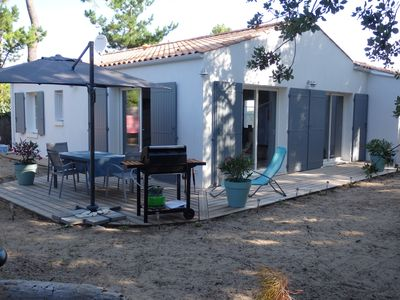 Photo for Oléron, Modern and warm villa, 500 meters from a sandy beach