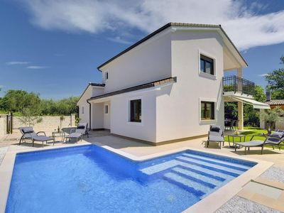 Photo for New build villa with pool for 10 persons