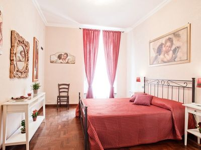 Photo for Elegant and comfortable apartment just 100 meters from San Pietro
