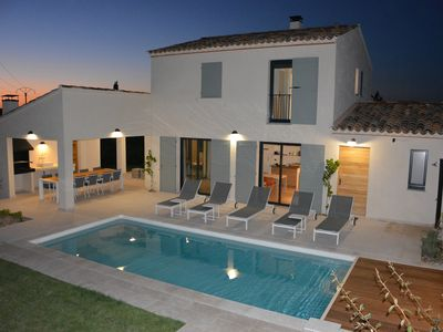 Photo for Spacious apartment in a modern Provencal style, at the foot of Bald Mountain