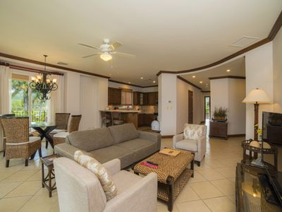 Photo for Bay Residence 8C in Del Mar, 3Bdrs, Ocean View