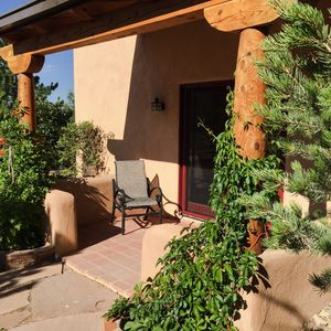 We Are 20 Miles From The Taos Ski Valley And 1.25 Miles From The Center Of Town.