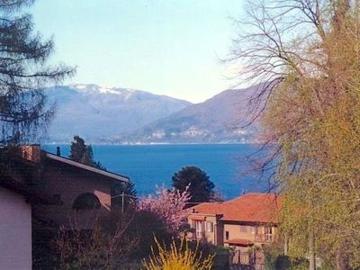 Photo for In the center of Luino with Parking, Balcony (756619)