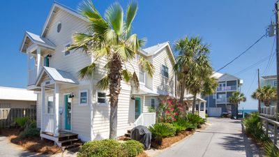 Photo for Recently Remodeled & Directly Beside Barracuda Beach Access. Spring Discounts!