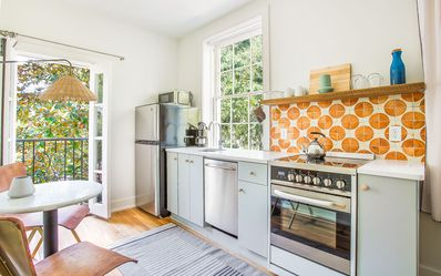 Photo for Stay with Lucky Savannah: Gorgeous Studio on the Square, close to Fountain!