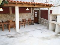 Very nice villa, well renovated to a high standard