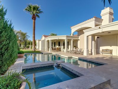Paradise Valley Estate With Pool, Game Room And Near Entertainment!