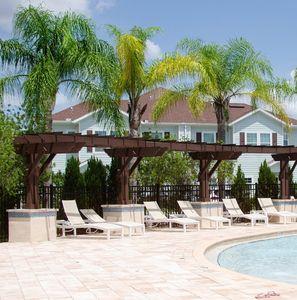 Photo for 3 Bedroom townhouse fits 8, 10' to Disney parks!