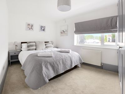 Photo for Beautiful flat near to Boscombe Beach and Gardens