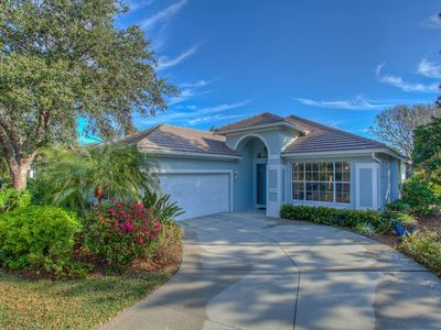 Photo for Spacious and Bright Pool Home located in the Exclusive University Park Country Club!