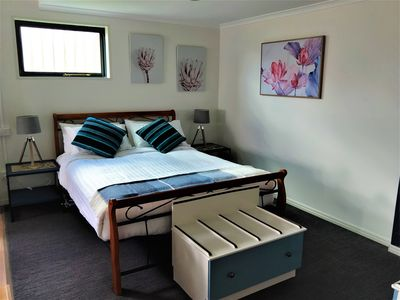 Photo for Quality studio style accommodation in the heart of the beautiful Tamar Valley