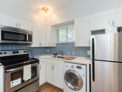 Photo for Close-in, Modern, 1 Bed / 1 Bath in Hyde Park