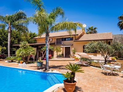 Photo for Vacation home Villa Dafne in Partinico - 8 persons, 4 bedrooms