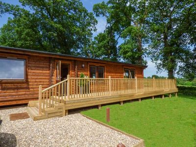 Photo for NORLODGE, family friendly, with pool in Kenwick Woods, Ref 939699