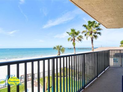 Photo for Emerald Isle 203 - Direct Gulf Front in the popular Emerald Isle