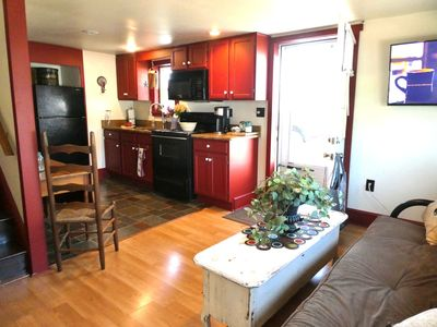 Carriage Apartment with full kitchen