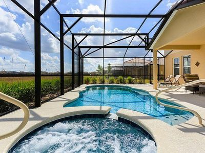 Photo for Amazing 6 bedroom located in Solterra Resort