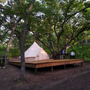 Glamping in the Heart of Manhattan (The Little Apple)