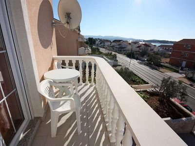 Photo for Studio flat with balcony and sea view Brodarica (Šibenik)