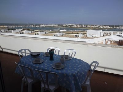 Photo for 2 Bed Apartament in Praia da Rocha with aircon and wifi
