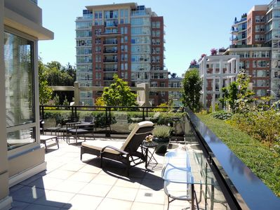 The terrace, a place to relax and enjoy the urban outdoors