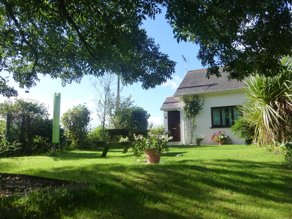 Family dog friendly cottage in rural pembro homeaway - Pet friendly cottages with swimming pool ...