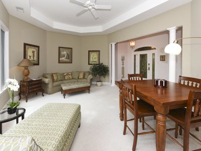 spacious designer home 2 masters pool homeaway hilton head